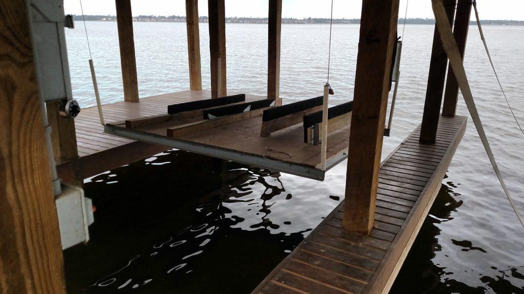lake houston boat house construction pwc lift