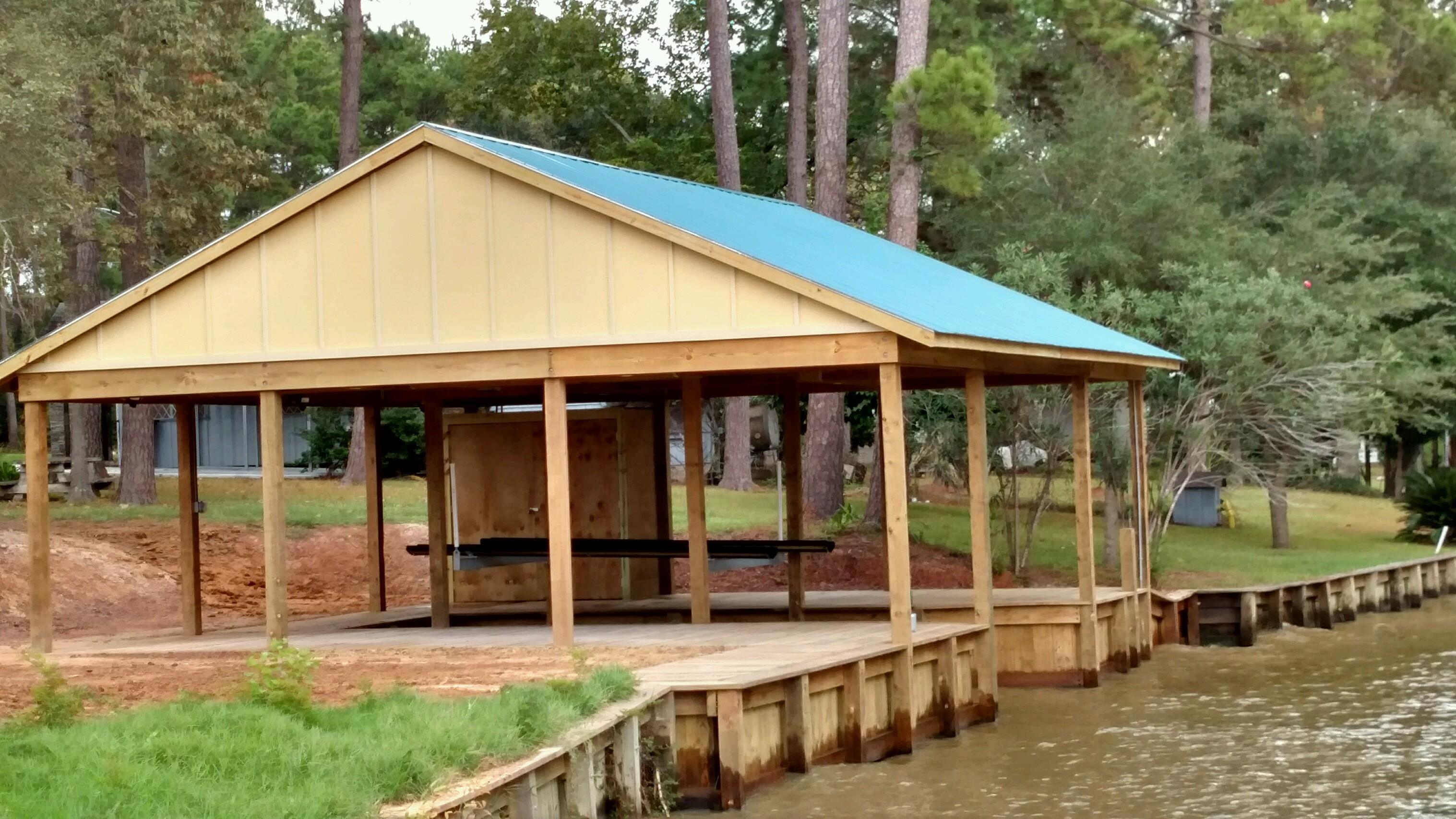 bulkheading and boat house construction on lake houston