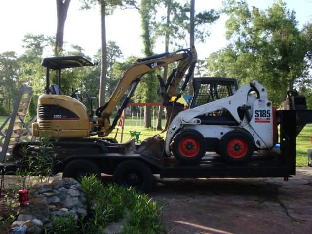 mini excavator for trenching houston