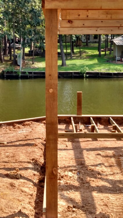 Super straight piling line as expected by elite boat house construction lake houston